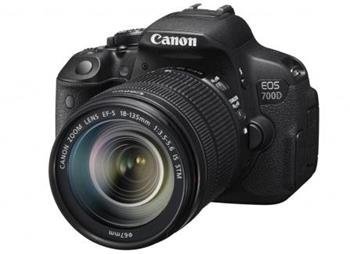 Canon EOS 700D + 18-135 IS STM - 8596B039